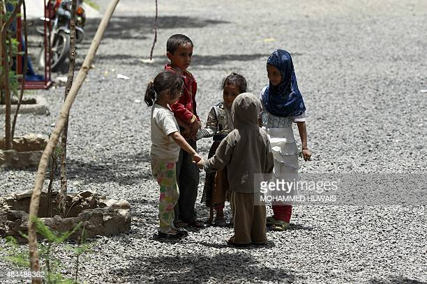 Yemeni displaced children who fled Saada province due to fighting between Shiite Huthi rebels and forces loyal to Yemen's exiled President Abedrabbo...