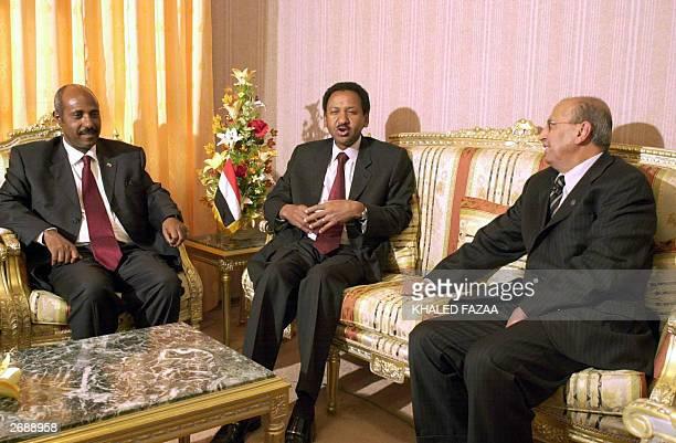 Yemeni Foreign Minister Abu Bakr alKurbi meets with his counterparts from Sudan Mustafa Ismail and Ethiopia Seyoum Mesfin in Sanaa 01 November 2003...