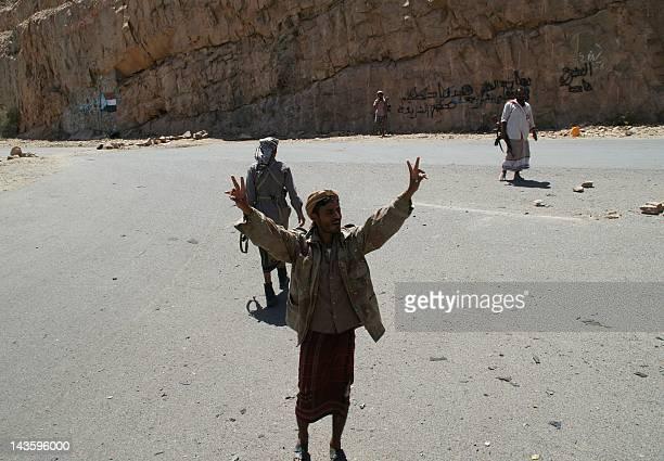 Yemeni gunmen man a checkpoint near the southern town of Loder in Abiyan province on April 30 2012 Yemenibased AlQaeda in the Arabian Peninsula...