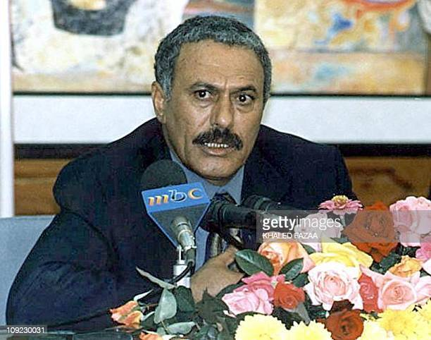 Yemeni President Ali Abdullah Saleh speaks to the press 23 August 1999 in Sanaa Yemen will hold its first universal suffrage presidential elections...