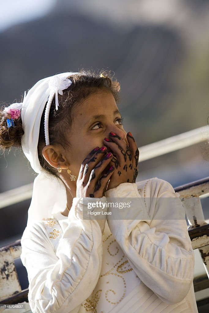 Yemenite Girl With Henna On Hands Stock Photo Getty Images