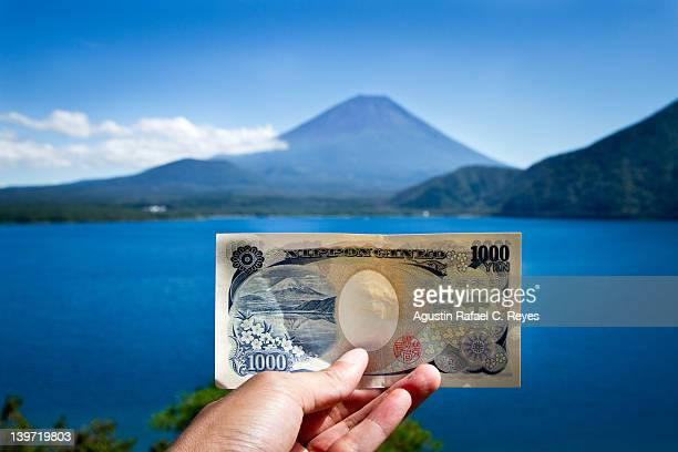 1000 yen note - japanese yen note stock photos and pictures