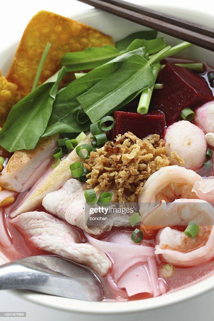 yen ta fo, thai cuisine : Stock Photo