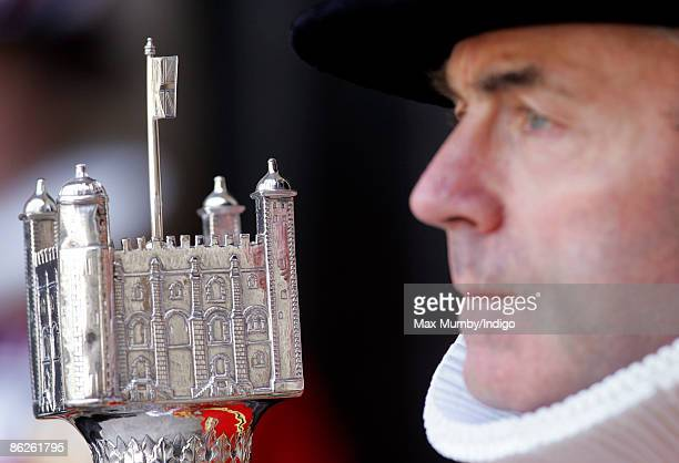 A Yeoman Warder holding The White Tower Mace at a commemoration service for 500th Anniversary of the death of King Henry VII at Westminster Abbey on...