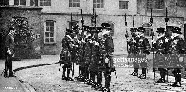 Yeomen Warders on parade at the Tower of London 19261927 'Beefeaters' being inspected on the occasion of escorting the governor of the Tower to St...