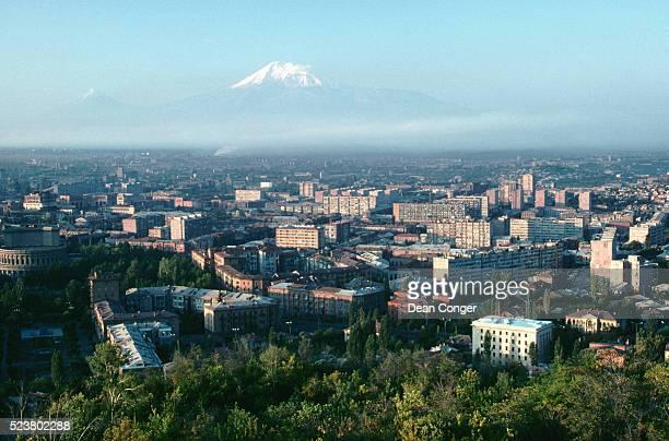yerevan and the snow-capped peaks of mount ararat - エレバン ストックフォトと画像
