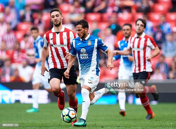 Yerran Alvarez of Athletic Club competes for the ball with Pablo Piatti of RCD Espanyol during the La Liga match between Athletic Club and RCD...