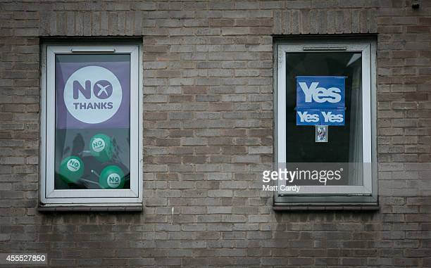 Yes and No posters are seen in a flat in Edinburgh on September 16 2014 in Edinburgh Scotland Yes and No supporters are campaigning in the last two...