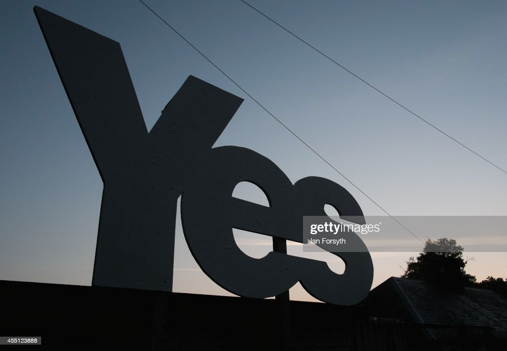 A Yes campaign placard is erected outside a house on the Scottish borders on September 10, 2014 in Jedburgh, Scotland. The Scottish referendum takes place next week and will determine if Scotland is to remain part of the United Kingdom.