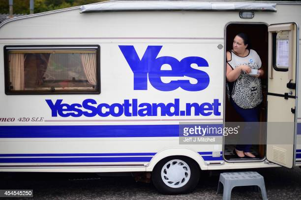 Yes campaign supporters wait for Alex Salmond First Minister of Scotland to arrive for a visit at Brownings bakers on September 3 2014 in...