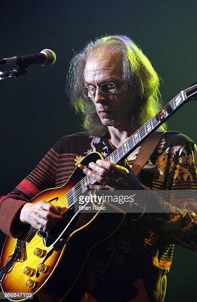 Yes Performing At Hammersmith Apollo London Britain 02 Jul 2003 Steve Howe Of Yes