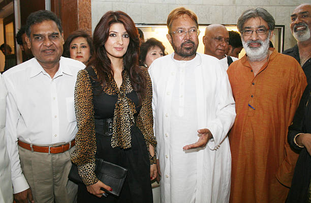 Yesteryears Bollywood Super star Rajesh Khanna along with his daughter and Bollywood actress Twinkle Khanna during the Prithvi Soni`s realistic...