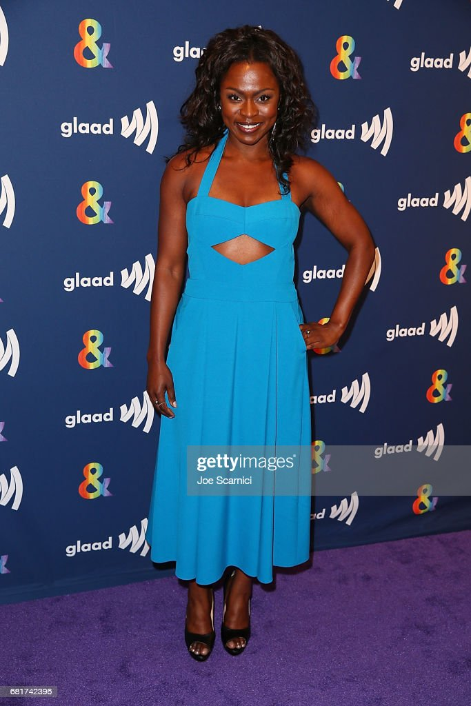 Yetide Bakadi arrives at the 'American Gods' advance screening In Partnership with GLAAD at The Paley Center for Media on May 10, 2017 in Beverly Hills, California.