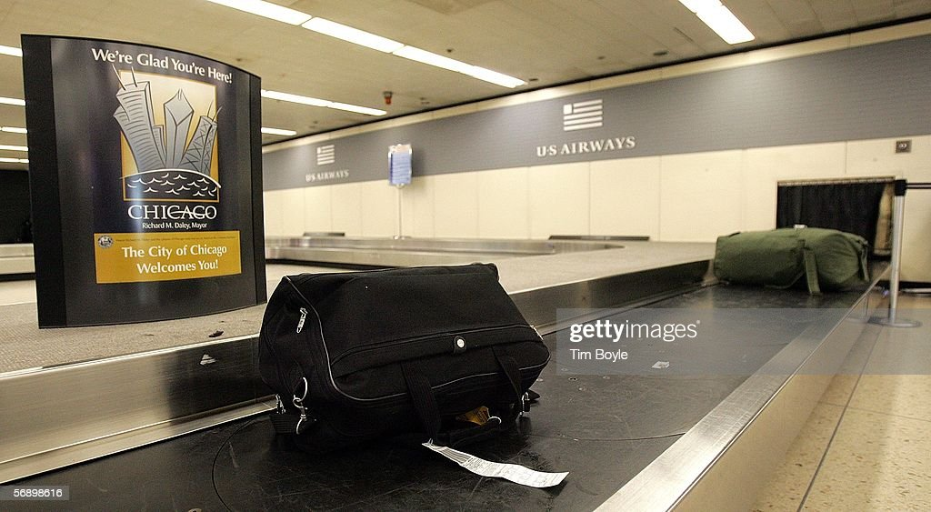 2005 A Record-Setting Year For Lost, Damaged And Delayed Airline Baggage : News Photo