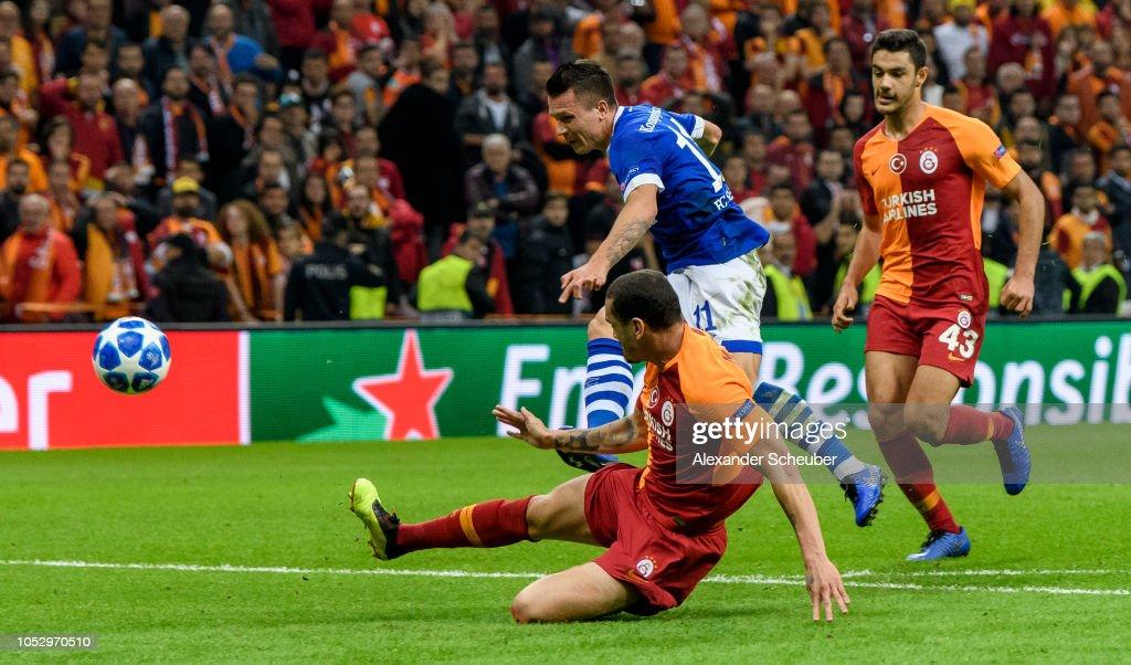 Galatasaray v FC Schalke 04 - UEFA Champions League Group D : Foto di attualità