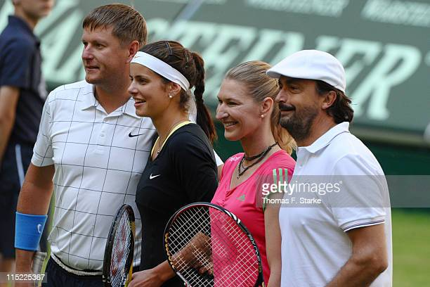 Yevgeny Kafelnikov Julia Goerges Steffi Graf and Henri Leconte pose for photographers prior to the Warsteiner Champions Trophy of the Gerry Weber...