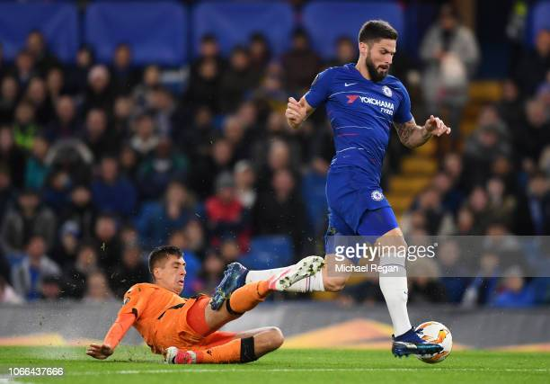 Yevhen Khacheridi of PAOK FC fouls Olivier Giroud of Chelsea and is later sent off for the foul during the UEFA Europa League Group L match between...
