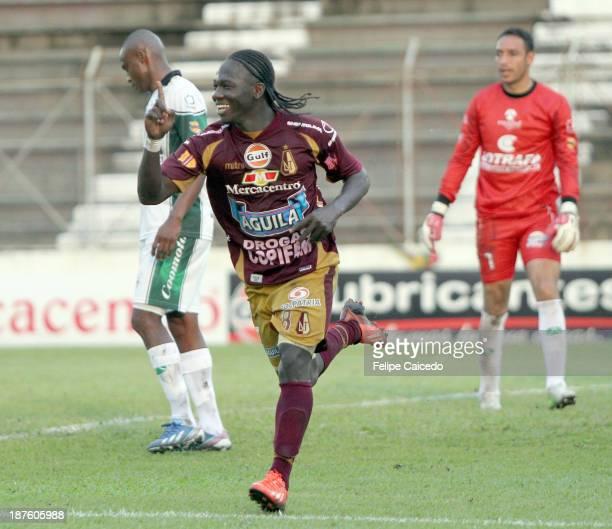 Yimmi Chara of Deportes Tolima celebrates a scored goal against La Equidad during a match between Deportes Tolima and La Equidad as part of the Liga...