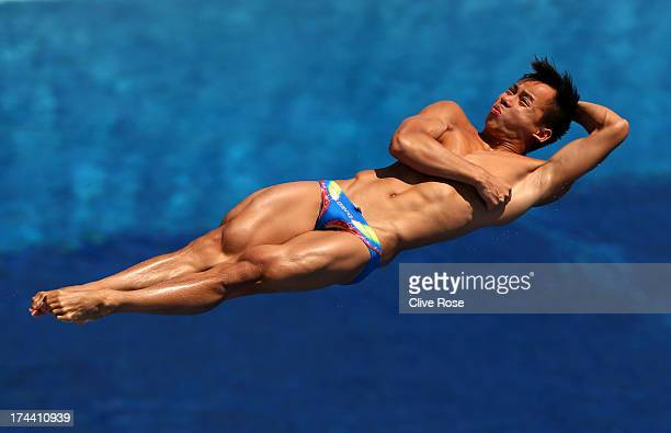 Yiwei Chew of Malaysia competes in the Men's 3m Springboard Diving preliminary round on day six of the 15th FINA World Championships at Piscina...
