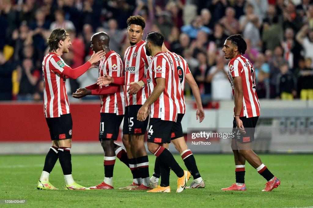 Brentford v Oldham Athletic - Carabao Cup : News Photo