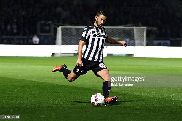 Yoann Andreu of Angers during the Ligue 1 match between Angers SCO and Toulouse FC on October 22 2016 in Angers France