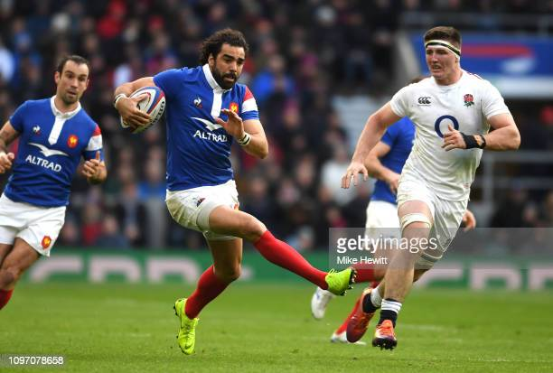 Yoann Huget of France breaks with the ball during the Guinness Six Nations match between England and France at Twickenham Stadium on February 10 2019...