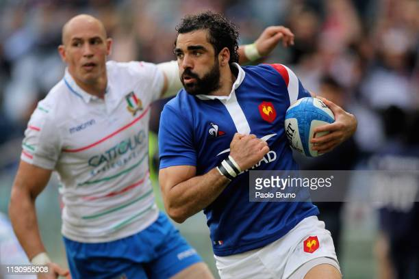 Yoann Huget of France scores the team's second try during the Guinness Six Nations match between Italy and France at Stadio Olimpico on March 16 2019...