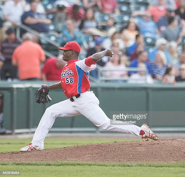 Yoanny Yera of the Cuban National Team delivers a pitch against the Rockland Boulders at Palisades Credit Union Park on June 24, 2016 in Pomona, New...