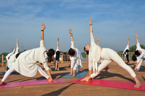CHN: Chinese Welcome International Day Of Yoga