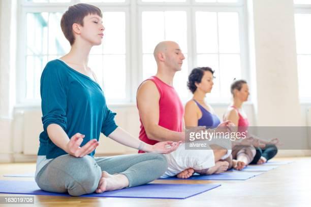 Posición del loto Yoga