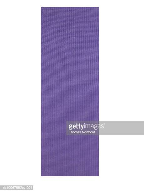 yoga mat, studio shot - mat stock pictures, royalty-free photos & images