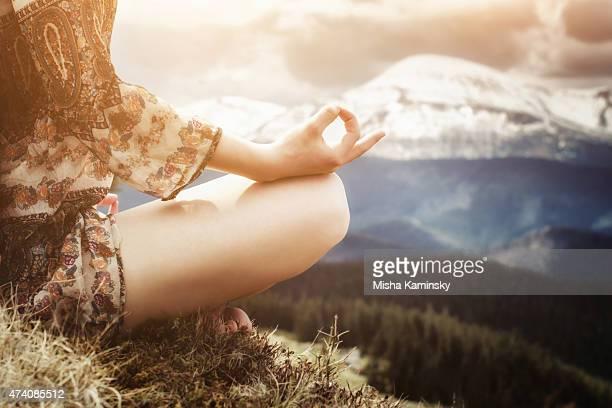 yoga meditation - chakra bildbanksfoton och bilder