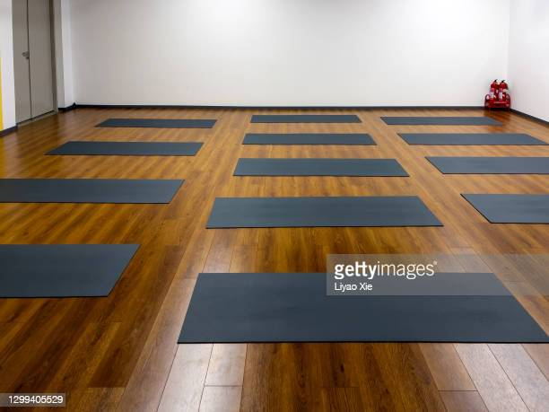 yoga room - liyao xie stock pictures, royalty-free photos & images