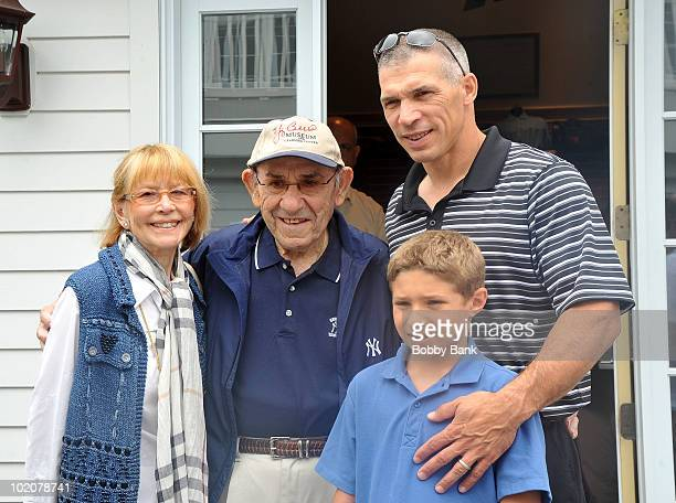 Yogi Berra Carmen Berra Joe Girardi and his son Dante Girardi attend the 2010 Yogi Berra Museum Golf Outing at the Montclair Golf Club on June 14...