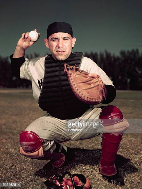 2/1953 Yogi Berra of the NY Yankees UPI color slide