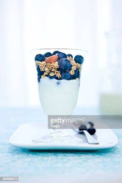 Yogurt, blueberry and granola parfait