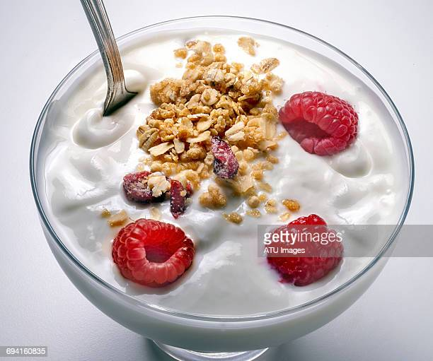 yogurt in glass dish - granola stock pictures, royalty-free photos & images