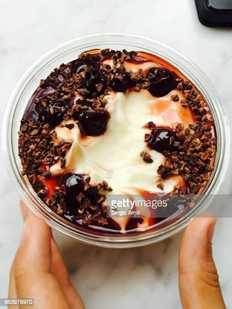 Yogurt with cherries and dark chocolate