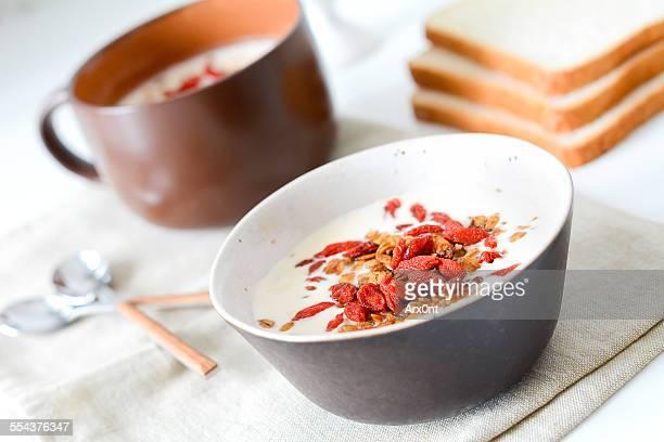 Yogurt with homemade granola and goji berries