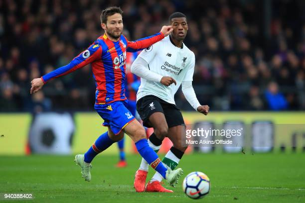 Yohan Cabaye of Crystal Palace in action with Georginio Wijnaldum of Liverpool during the Premier League match between Crystal Palace and Liverpool...