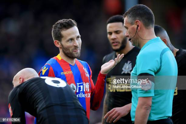 Yohan Cabaye of Crystal Palace reacts toward referee Andre Marriner during the Premier League match between Crystal Palace and Newcastle United at...