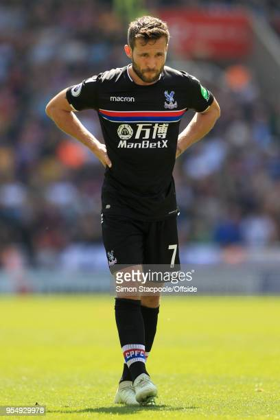 Yohan Cabaye of Palace looks dejected during the Premier League match between Stoke City and Crystal Palace at the Bet365 Stadium on May 5 2018 in...