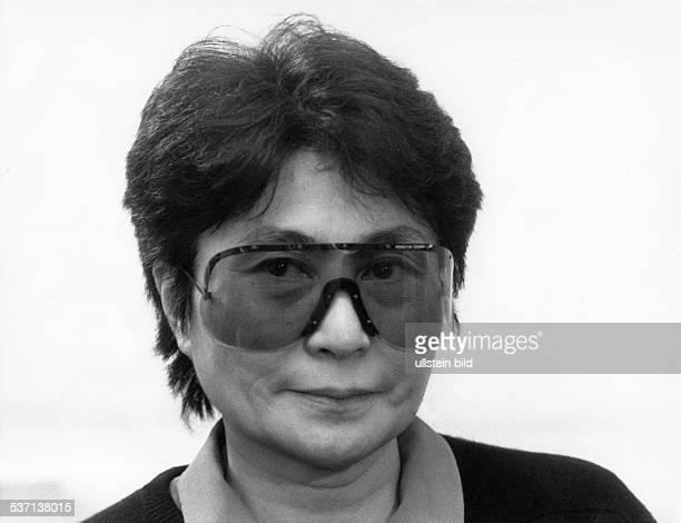 Yoko Ono *-, Künstlerin; Japan - USA, - 1993, -