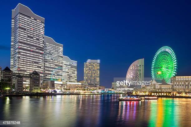 Yokohama in der Dämmerung