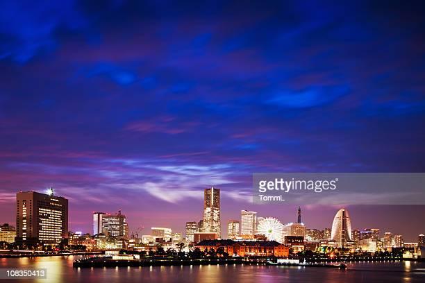 yokohama skyline - yokohama stock pictures, royalty-free photos & images