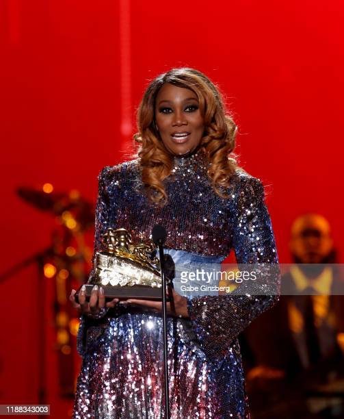 "Yolanda Adams accepts the ""Lady of Soul"" award during the 2019 Soul Train Awards at the Orleans Arena on November 17, 2019 in Las Vegas, Nevada."