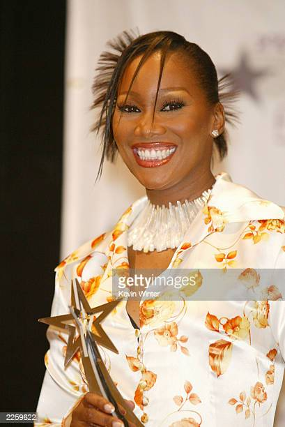 Yolanda Adams Best Gospel Artist at the 2nd Annual BET Awards at the Kodak Theatre in Hollywood Ca Tuesday June 25 2002 Photo by Kevin...
