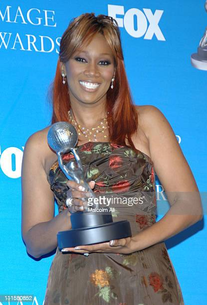 Yolanda Adams winner of Outstanding Gospel Artist