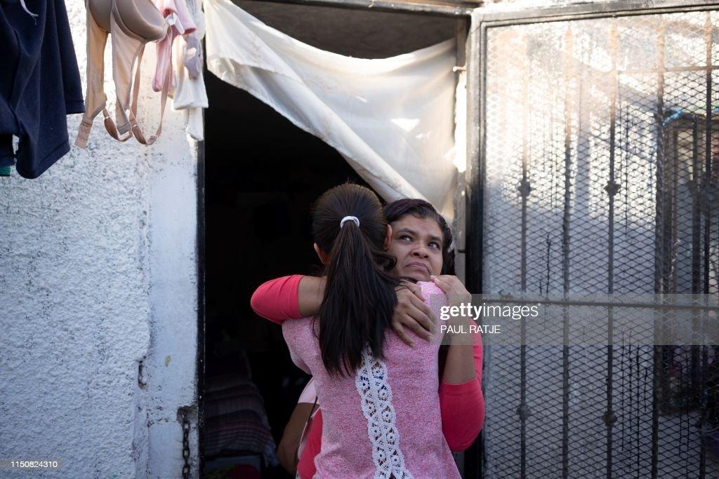 US-MEXICO-IMMIGRATION-YOLANDA-RIGHTS : News Photo
