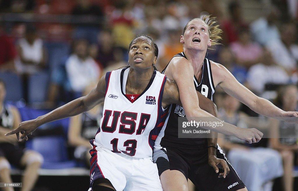 Women's Baketball Preliminaries USA v NZL : News Photo